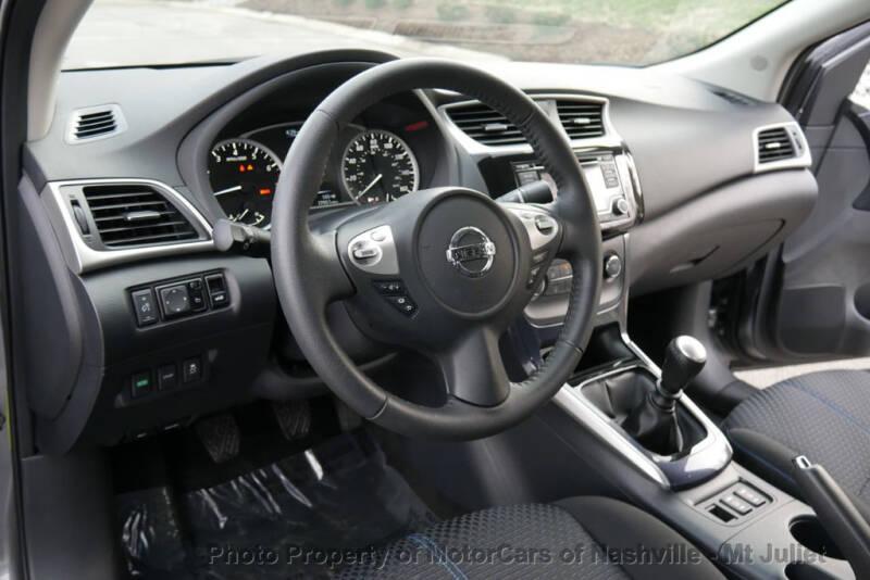 2017 Nissan Sentra (image 26)