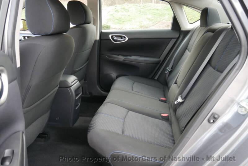 2017 Nissan Sentra (image 24)