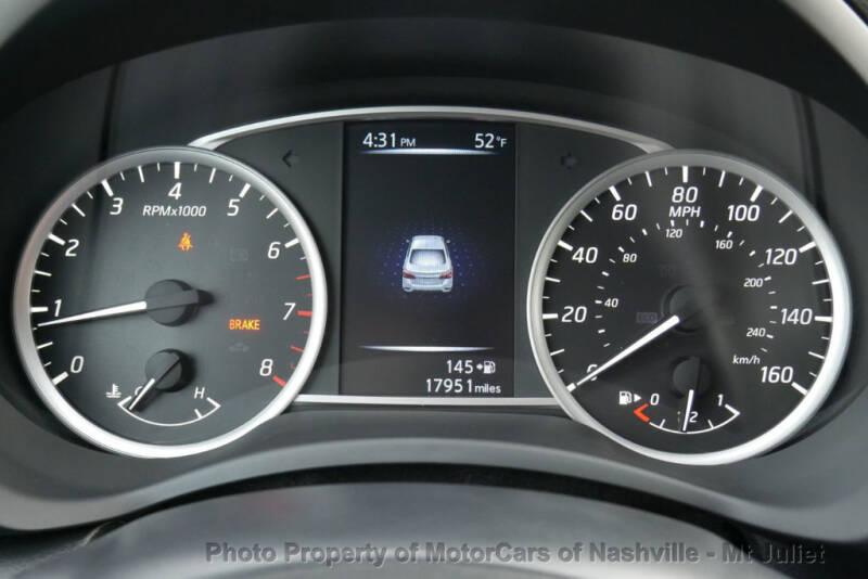 2017 Nissan Sentra (image 34)