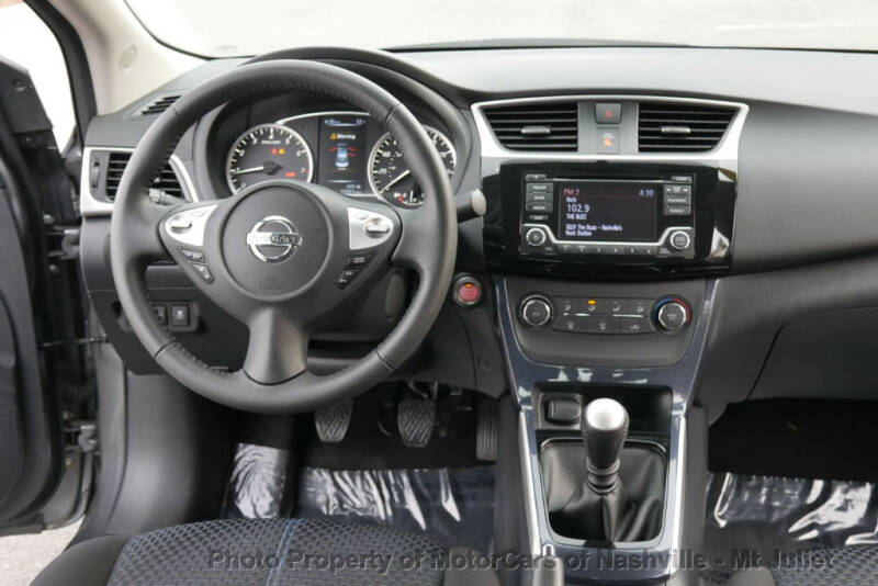 2017 Nissan Sentra (image 29)