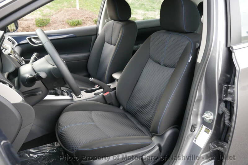 2017 Nissan Sentra (image 21)