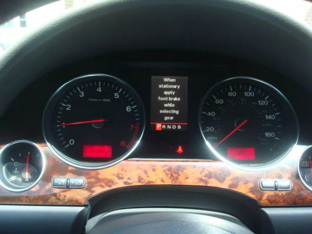 2005 Audi A8 L AWD quattro 4dr Sedan - Highland Park IL