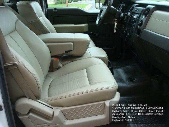 2010 Ford F-150 XL 4x2 2dr Regular Cab Styleside 8 ft. LB - Highland Park IL