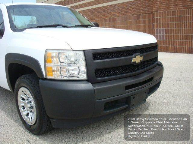 2009 Chevrolet Silverado 1500 4x2 Work Truck 4dr Extended Cab 6.5 ft. SB - Highland Park IL
