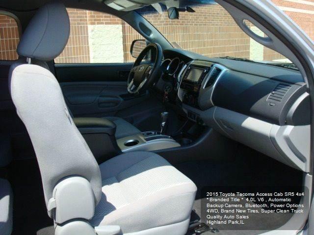 2015 Toyota Tacoma 4x4 V6 4dr Access Cab 6.1 ft SB 5A - Highland Park IL