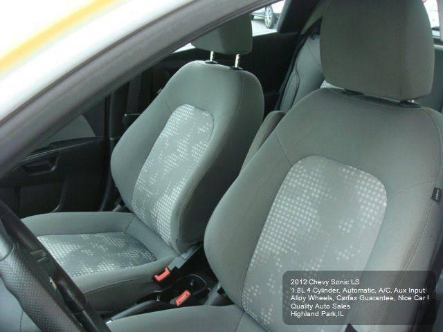 2012 Chevrolet Sonic LS 4dr Hatchback w/2LS - Highland Park IL