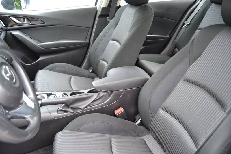 2016 Mazda MAZDA3 i Sport 4dr Sedan 6A - Cincinnati OH