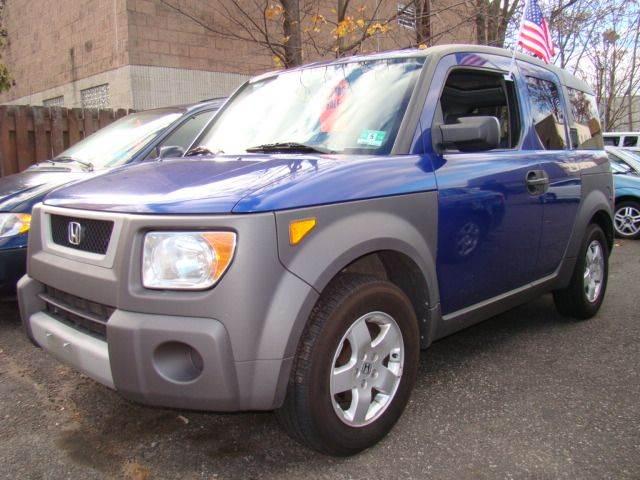 2004 Honda Element for sale at SILVER ARROW AUTO SALES CORPORATION in Newark NJ