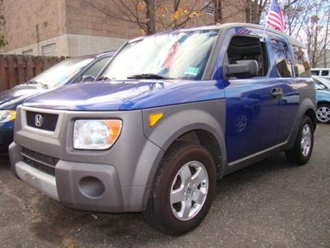 2004 Honda Element for sale at SILVER ARROW AUTO SALES CORPORATION in Newark NJ