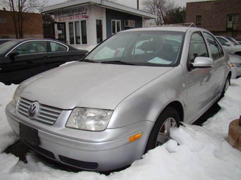 2001 Volkswagen Jetta for sale at SILVER ARROW AUTO SALES CORPORATION in Newark NJ
