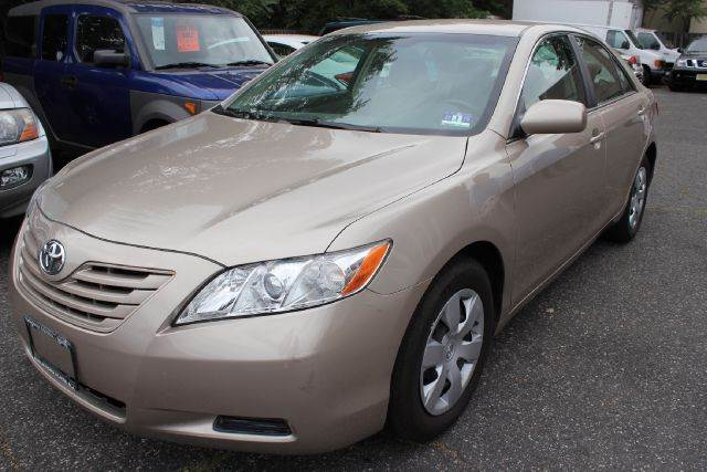 2007 Toyota Camry for sale at SILVER ARROW AUTO SALES CORPORATION in Newark NJ