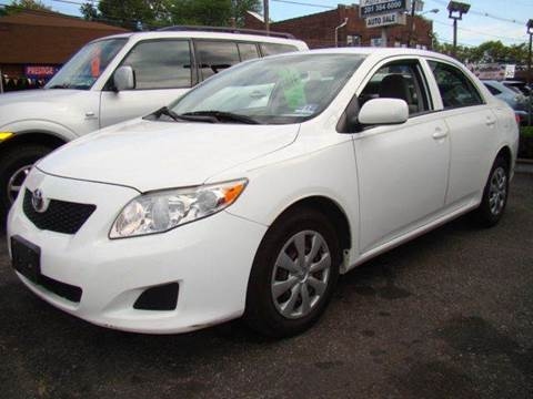 2009 Toyota Corolla for sale at SILVER ARROW AUTO SALES CORPORATION in Newark NJ