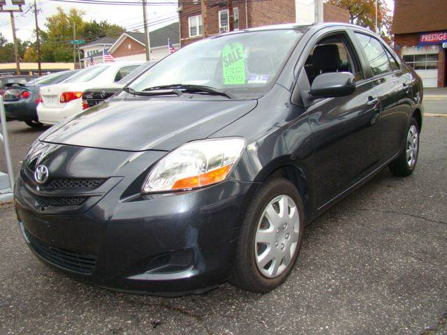 2007 Toyota Yaris for sale at SILVER ARROW AUTO SALES CORPORATION in Newark NJ