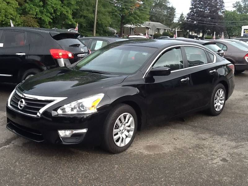 2014 Nissan Altima 2.5 S 4dr Sedan - East Hampton CT