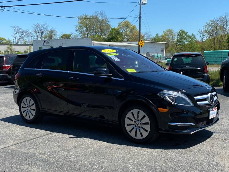 Used Mercedes-Benz B-Class Base, 2017