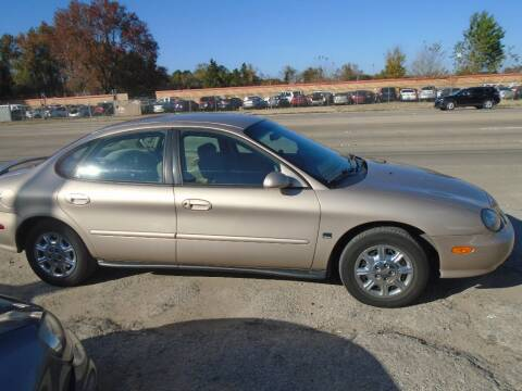 1998 Ford Taurus for sale in Houston, TX