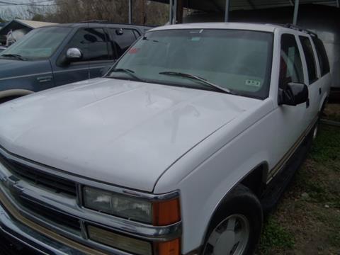 1999 chevrolet suburban for sale in texas for Scott harrison motors houston tx