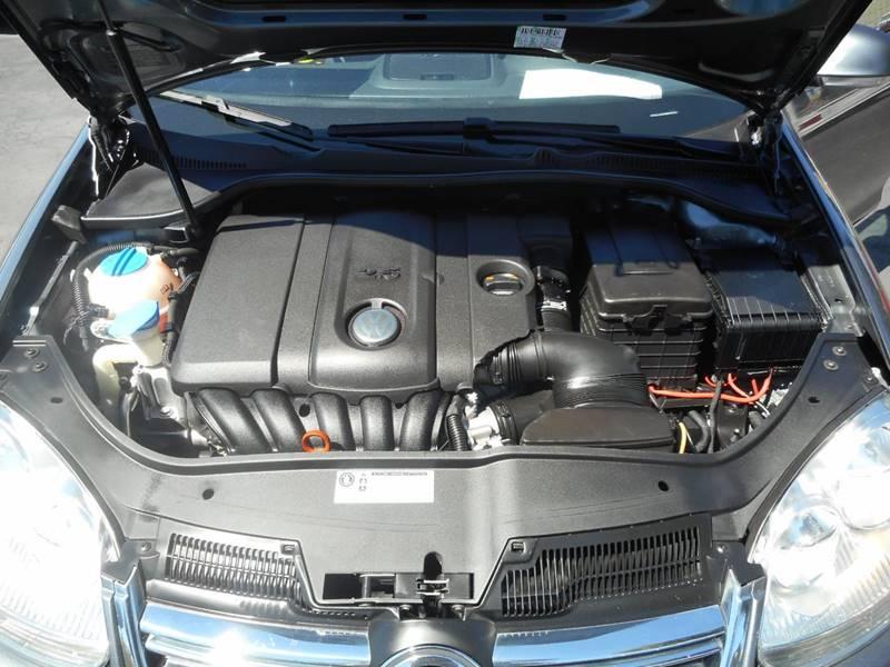 2010 Volkswagen Jetta S PZEV 4dr Sedan 6A - Modesto CA