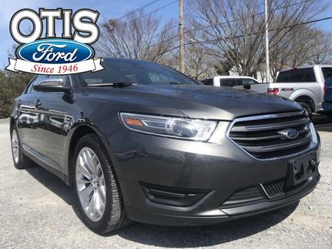 2018 Ford Taurus for sale in Quogue, NY