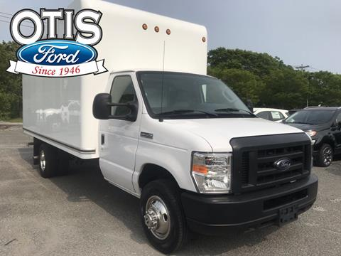 2019 Ford E-Series Chassis for sale in Quogue, NY