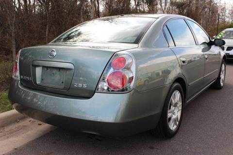 2005 Nissan Altima for sale at M & M Auto Brokers in Chantilly VA