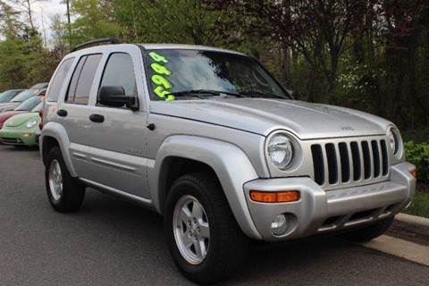2004 Jeep Liberty for sale at M & M Auto Brokers in Chantilly VA