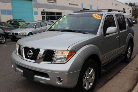 2006 Nissan Pathfinder for sale at M & M Auto Brokers in Chantilly VA