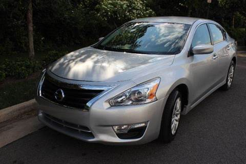2015 Nissan Altima for sale at M & M Auto Brokers in Chantilly VA