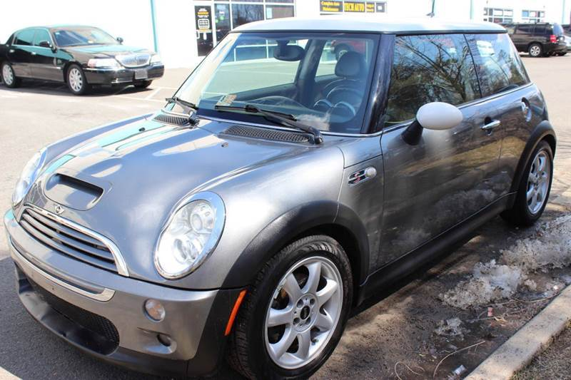 2005 mini cooper s 2dr supercharged hatchback in chantilly va m m auto brokers. Black Bedroom Furniture Sets. Home Design Ideas