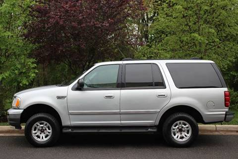 2002 Ford Expedition for sale at M & M Auto Brokers in Chantilly VA