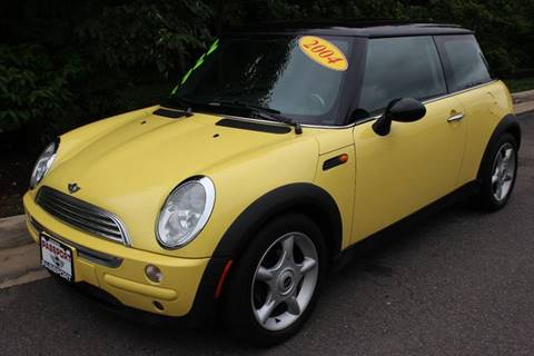 2004 MINI Cooper for sale at M & M Auto Brokers in Chantilly VA