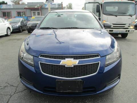 2013 Chevrolet Cruze for sale at GMA Of Everett in Everett WA