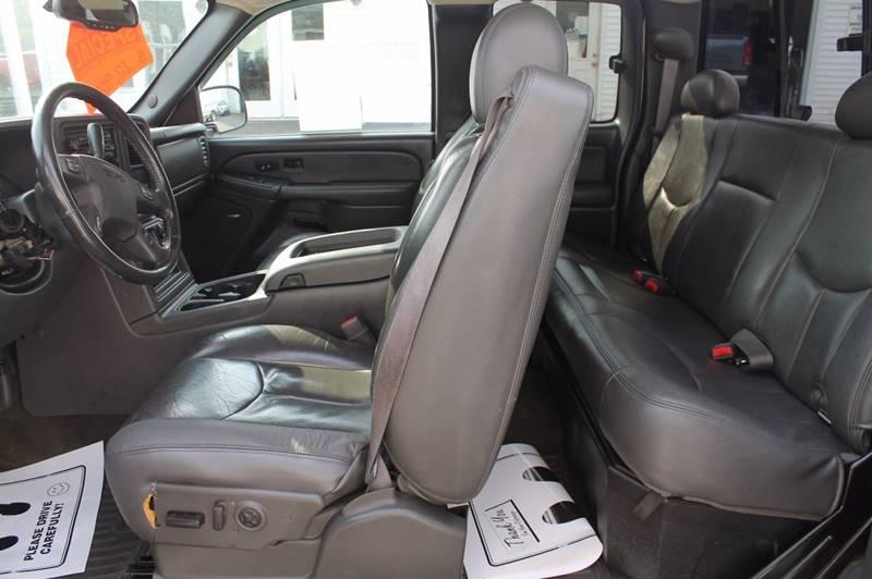 2005 GMC Sierra 2500HD 4dr Extended Cab SLT 4WD SB - Hermon ME