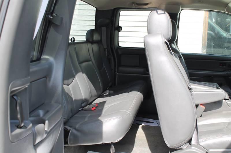 2005 GMC Sierra 1500 4dr Extended Cab SLT 4WD SB - Hermon ME