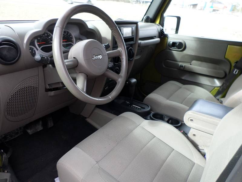 2007 Jeep Wrangler Unlimited Sahara 4dr SUV - Flora MS