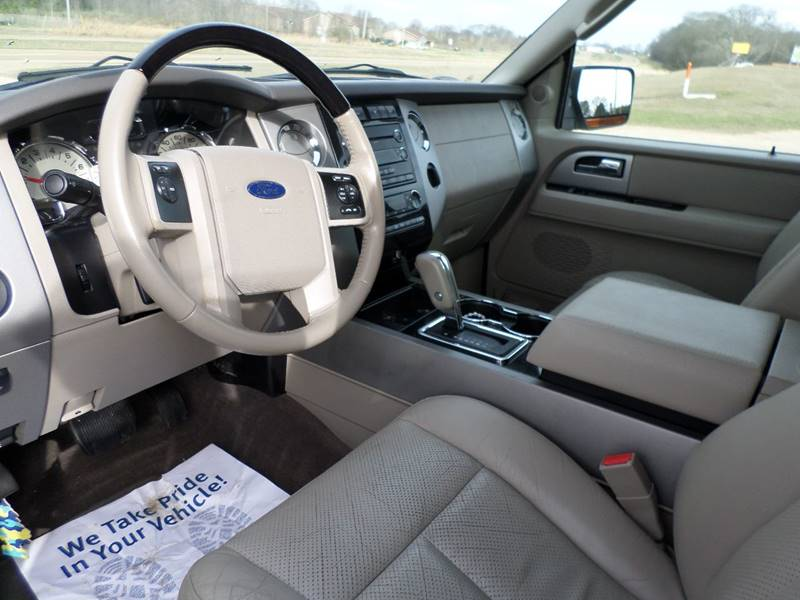 2011 Ford Expedition EL 4x2 Limited 4dr SUV - Flora MS
