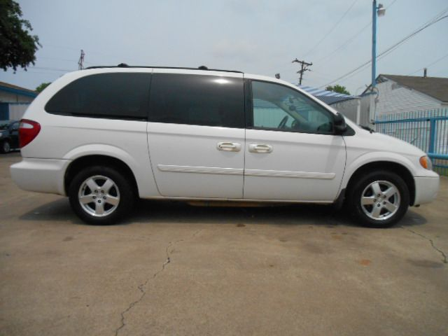 2006 dodge grand caravan sxt in dallas tx easy credit. Black Bedroom Furniture Sets. Home Design Ideas