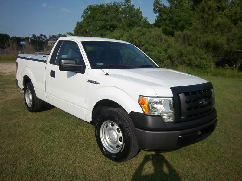 2012 FORD F-150 XL 4X2 2DR REGULAR CAB STYLESIDE white do you need a great work truck that will