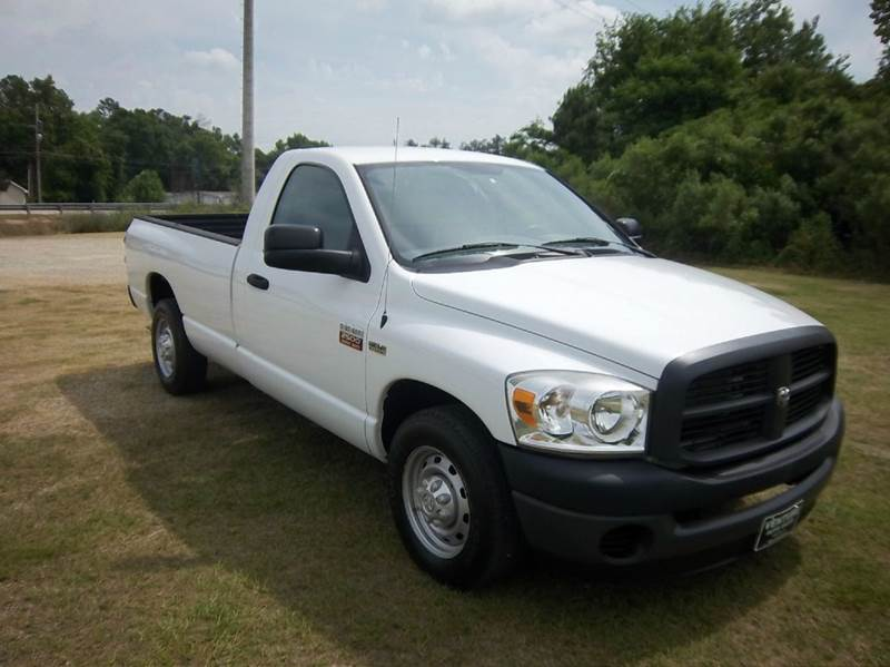 2009 DODGE RAM PICKUP 2500 ST 4X2 2DR REGULAR CAB 8 FT LB white looking for a workhorse if so