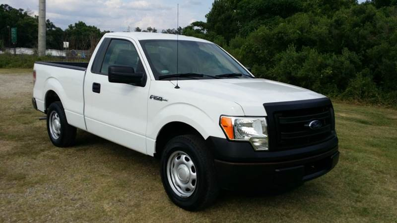 2013 FORD F-150 XL 4X2 2DR REGULAR CAB STYLESIDE white regular cab short bed with the 37 v6 wi