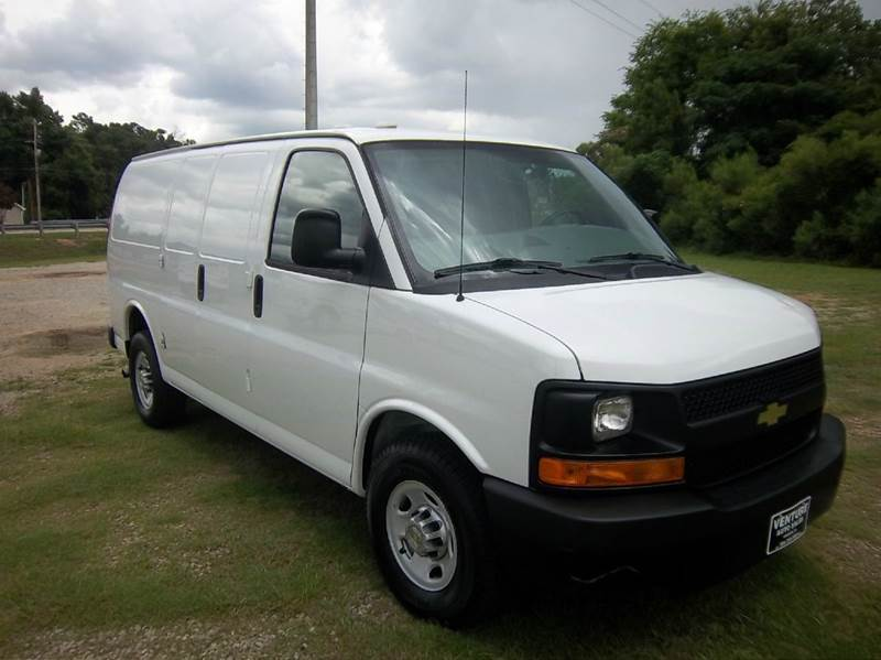 2012 CHEVROLET 2500 EXPRESS CARGO 3DR white if you like being organized when you work you are go