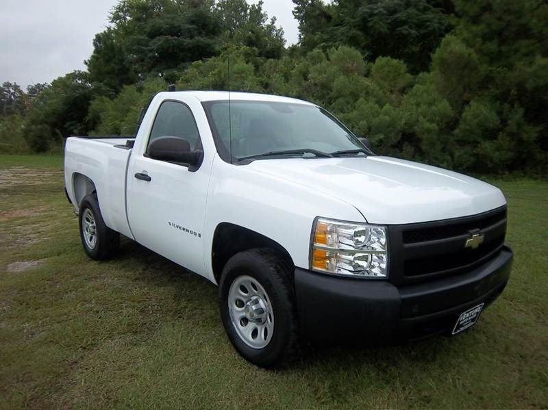 2008 CHEVROLET SILVERADO 1500 2WD 2DR REGULAR CAB 65 FT SB white this is a regular cab short b