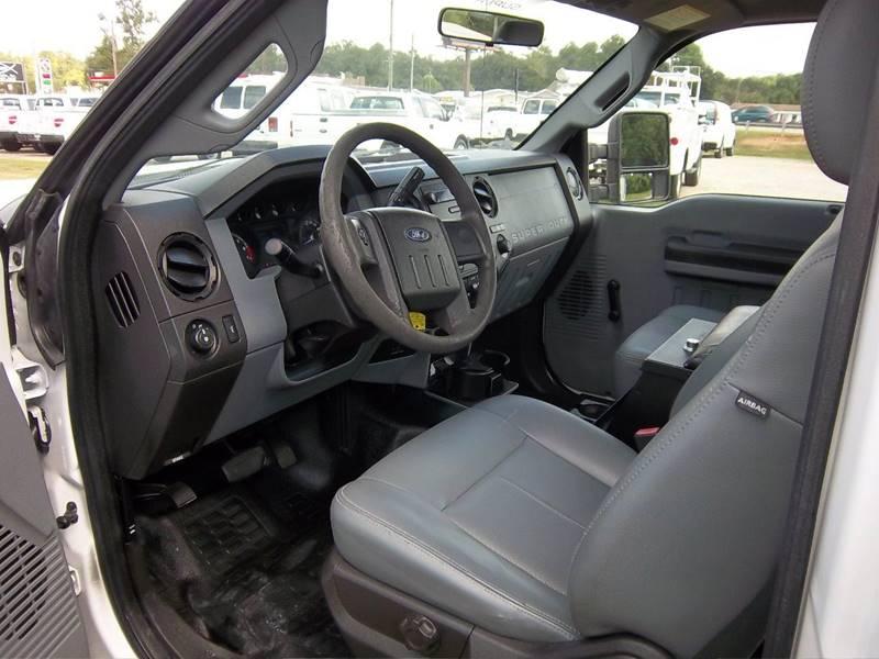 2011 Ford F-350 Super Duty 4x2 XL 2dr Regular Cab 8 ft. LB SRW Pickup - Augusta GA