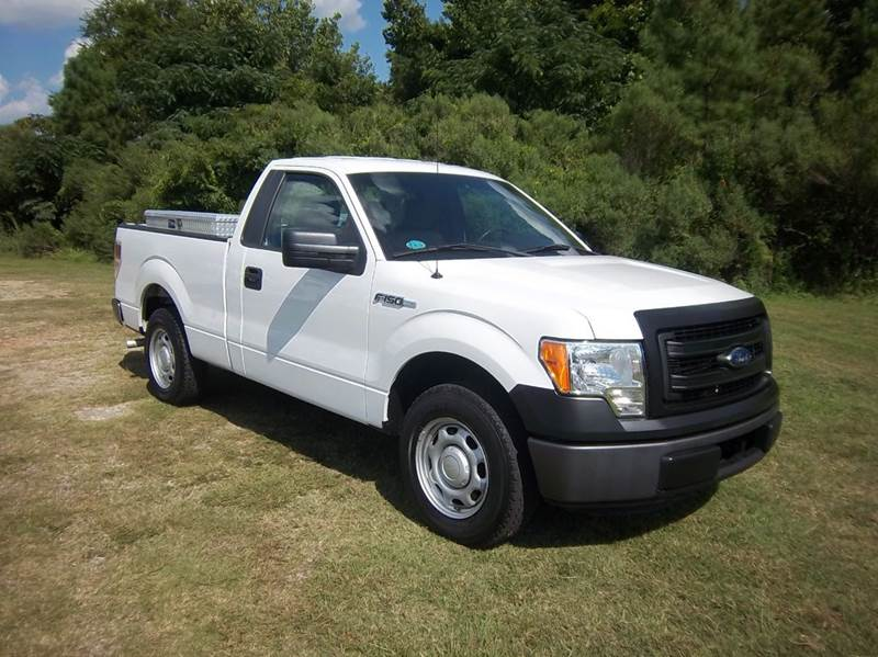 2013 FORD F-150 XL 4X2 2DR REGULAR CAB STYLESIDE white if you are looking for a great work truck