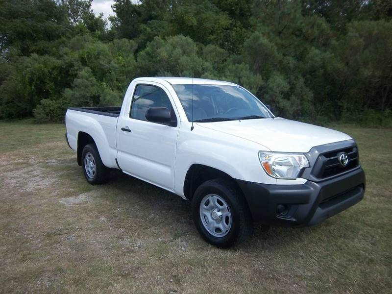 2013 TOYOTA TACOMA BASE 4X2 2DR REGULAR CAB 61 FT white regular cab with a bedliner extra clean