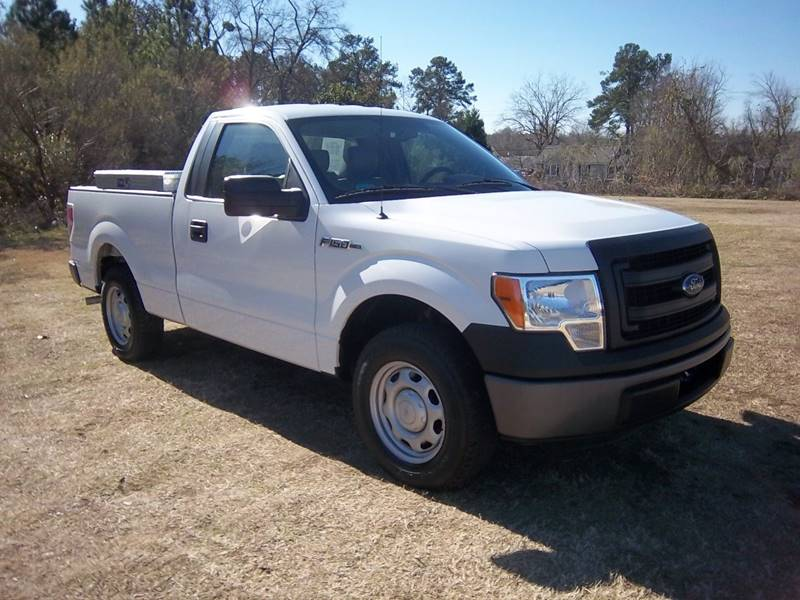 2013 FORD F-150 XL 4X2 2DR REGULAR CAB STYLESIDE white this truck will be a great work truck for