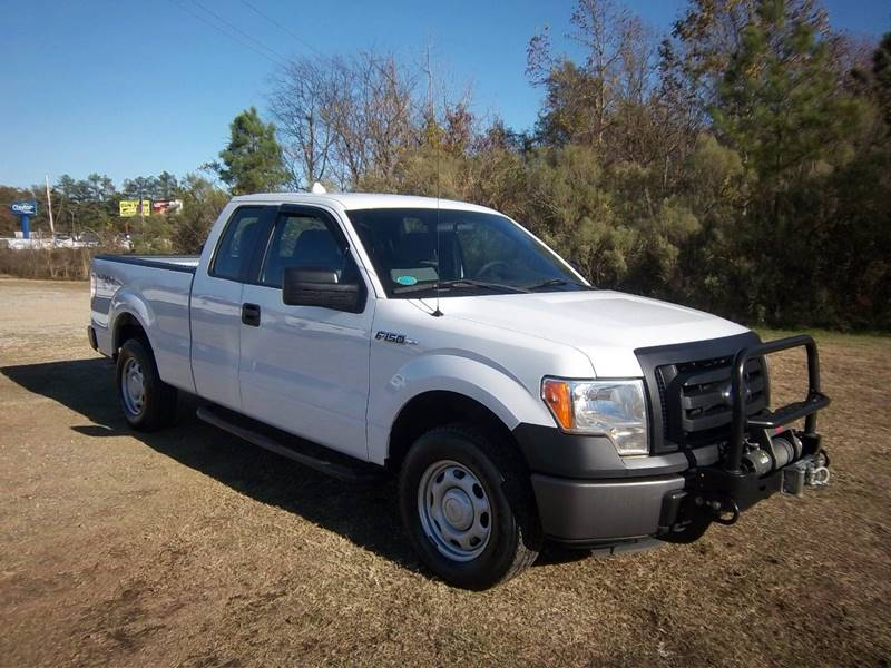 2012 FORD F-150 XL 4X4 4DR SUPERCAB STYLESIDE 6 white this is a really sharp f150 supercab sho