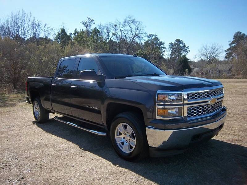 2014 CHEVROLET SILVERADO 1500 4DR gray looking for an extremely sharp looking truck that has be