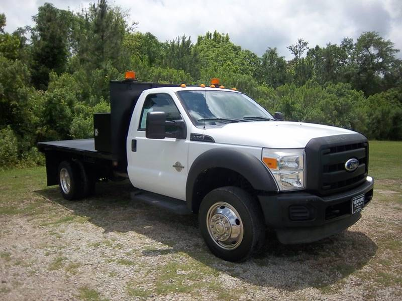 2011 FORD F450 XL 12FT STEEL FLAT BED 2DR white this is a really tough truck 12ft steel flat be