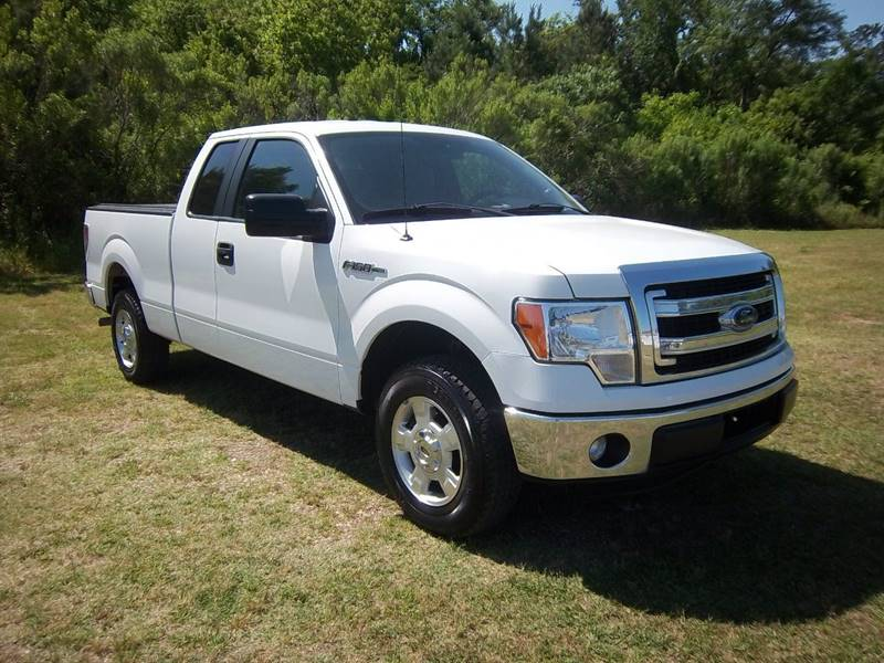 2014 FORD F-150 XLT 4X2 4DR SUPERCAB STYLESIDE 6 white this is an extra sweet truck that  has bee